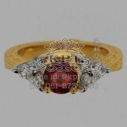 แหวนพลอยพัดทาราชา ทอง2สี White Gold/Yellow Gold ฝังเพชรรวม 0.41กะรัต 6เม็ด